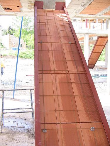 Detalles constructivos problemas con las obras - Escaleras de ladrillo ...